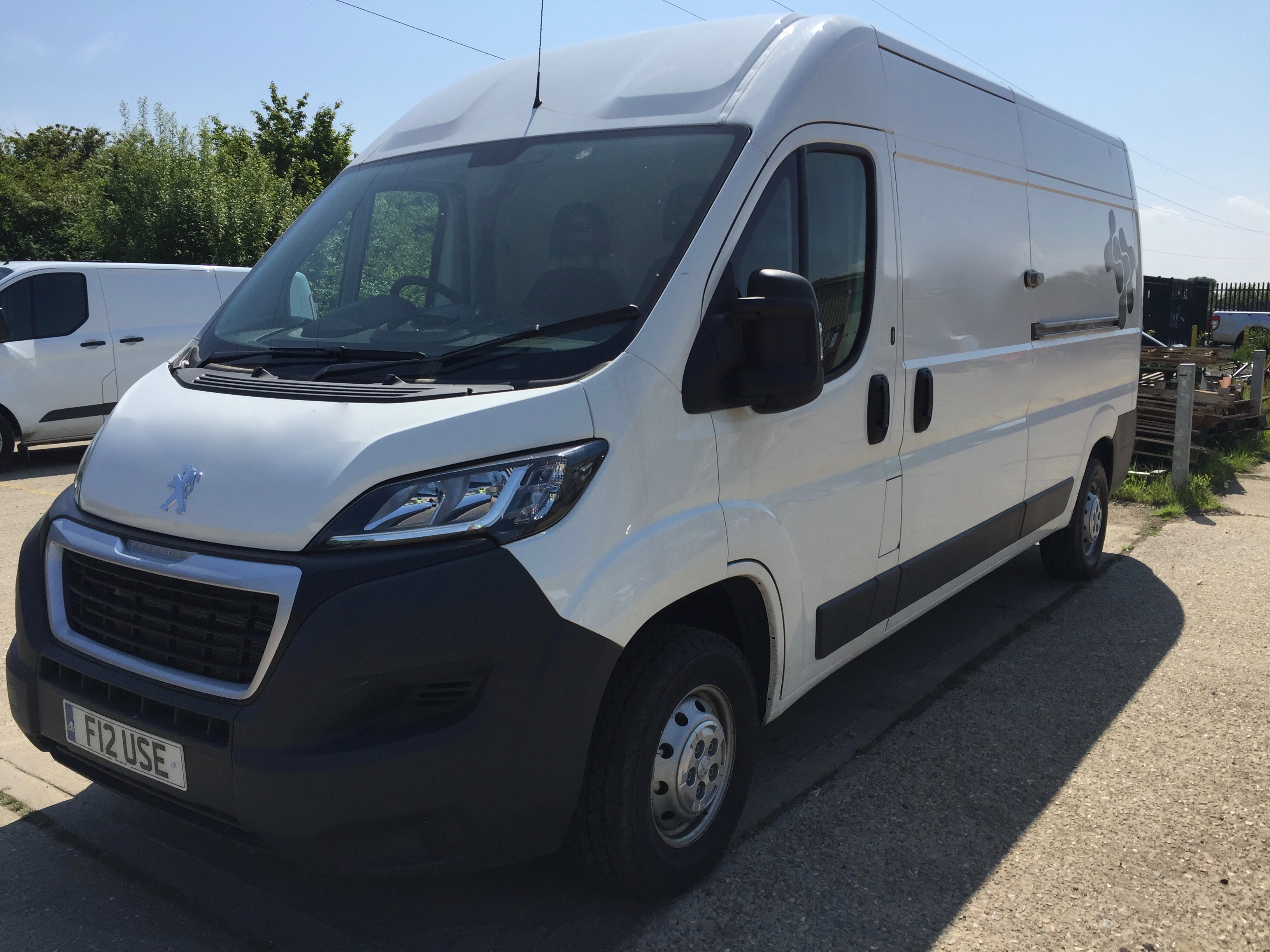 peugeot boxer kent security